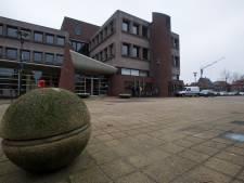 Stank, stof en herrie, maar Waddinxveen wuift klachten over overlast sloop oude gemeentehuis weg