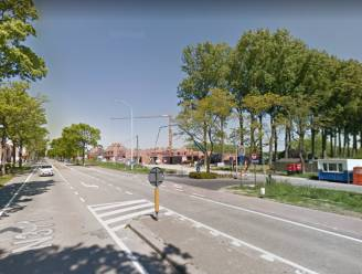 """Fietsers langs Blankenbergse Steenweg worden omgeleid langs Blauwhuisstraat: """"Het is er gevaarlijk"""""""
