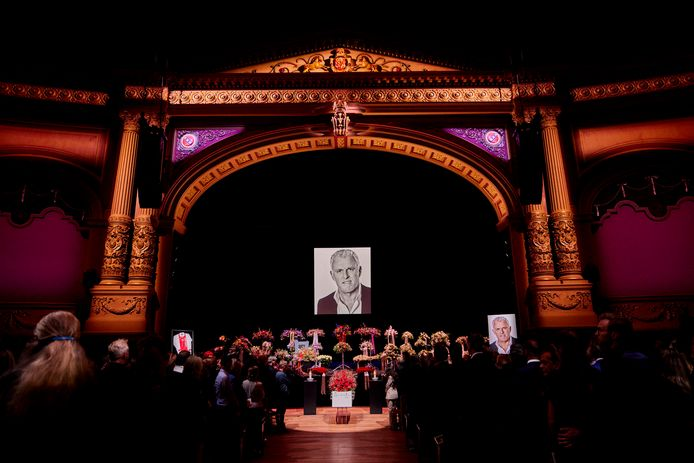 Besloten afscheid Peter R. de Vries donderdag 22 juli in theater Carré.