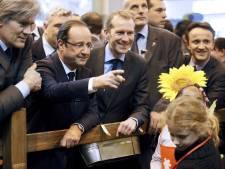 Hollande tacle Sarkozy avec une pointe d'humour