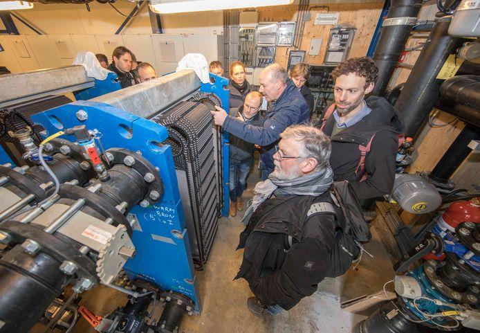 Deelnemers aan de bijeenkomst in aquathermische installatiebouw in de wijk Ouverture in Goes.