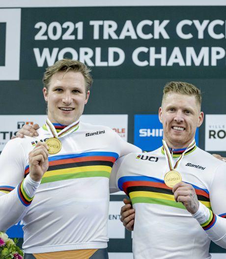 Na olympische en Europese titel ook wereldtitel voor Nederlandse teamsprinters: 'Dit was ons grote doel'