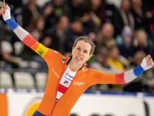 Magistrale Wüst verpulvert baanrecord en wint wereldbeker op schaatsmijl