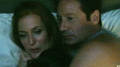 """Eindelijk!"": 'X-files'-actrice Gillian Anderson viert seksscène tussen Mulder en Scully"