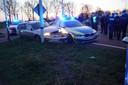 De politie heeft op de Arnhemseweg een Duitse auto klem gereden.