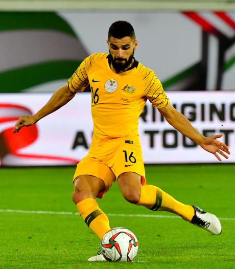 Australië door in Azië Cup ondanks gemiste penalty Behich