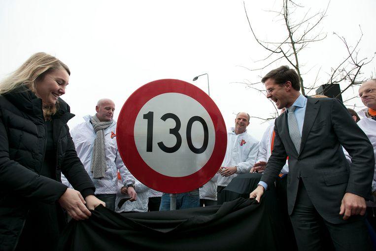 Rutte en toenmalig minister Schultz in februari 2011.   Beeld Guus Dubbelman/de Volkskrant