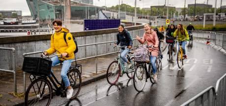 Wethouder: fietsen door de IJtunnel gaat niet gebeuren