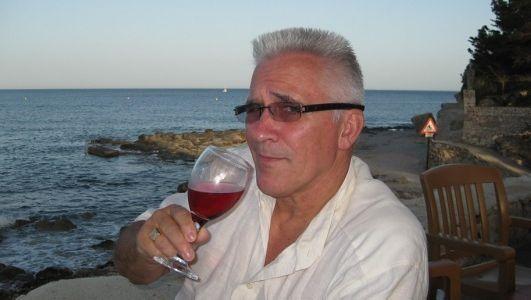 De op last van een Franse onderzoeksrechter opgepakte vleeshandelaar Jan Fasen.
