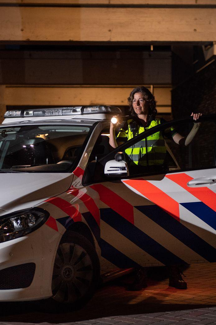 Jacomijn Heupink, hoofdagent bij de politie, werd bespuugd in coronatijd.