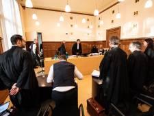 Ook rechter weet zich geen raad met <br>wereldberoemd pannaveld De Buut
