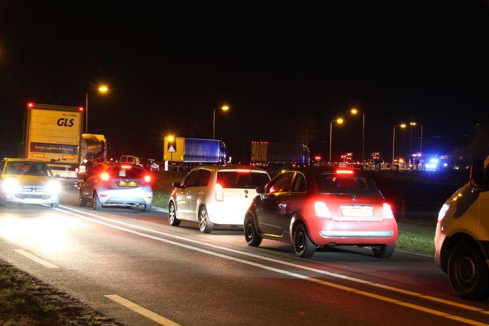 De N35 tussen Haarle en Mariënheem is zeker tot 01.00 uur dicht.