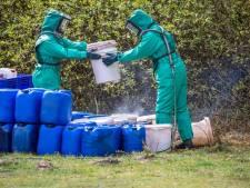 Mogelijk drugsvaten in berm gevonden bij Zeist