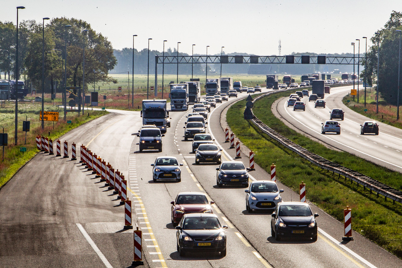 Werkzaamheden aan de A1 geven al langere tijd overlast voor het verkeer. Komende weekend wordt een deel van de snelweg in één richting helemaal afgesloten.