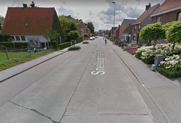 Het ongeval vond plaats langs de Snellegemsestraat.