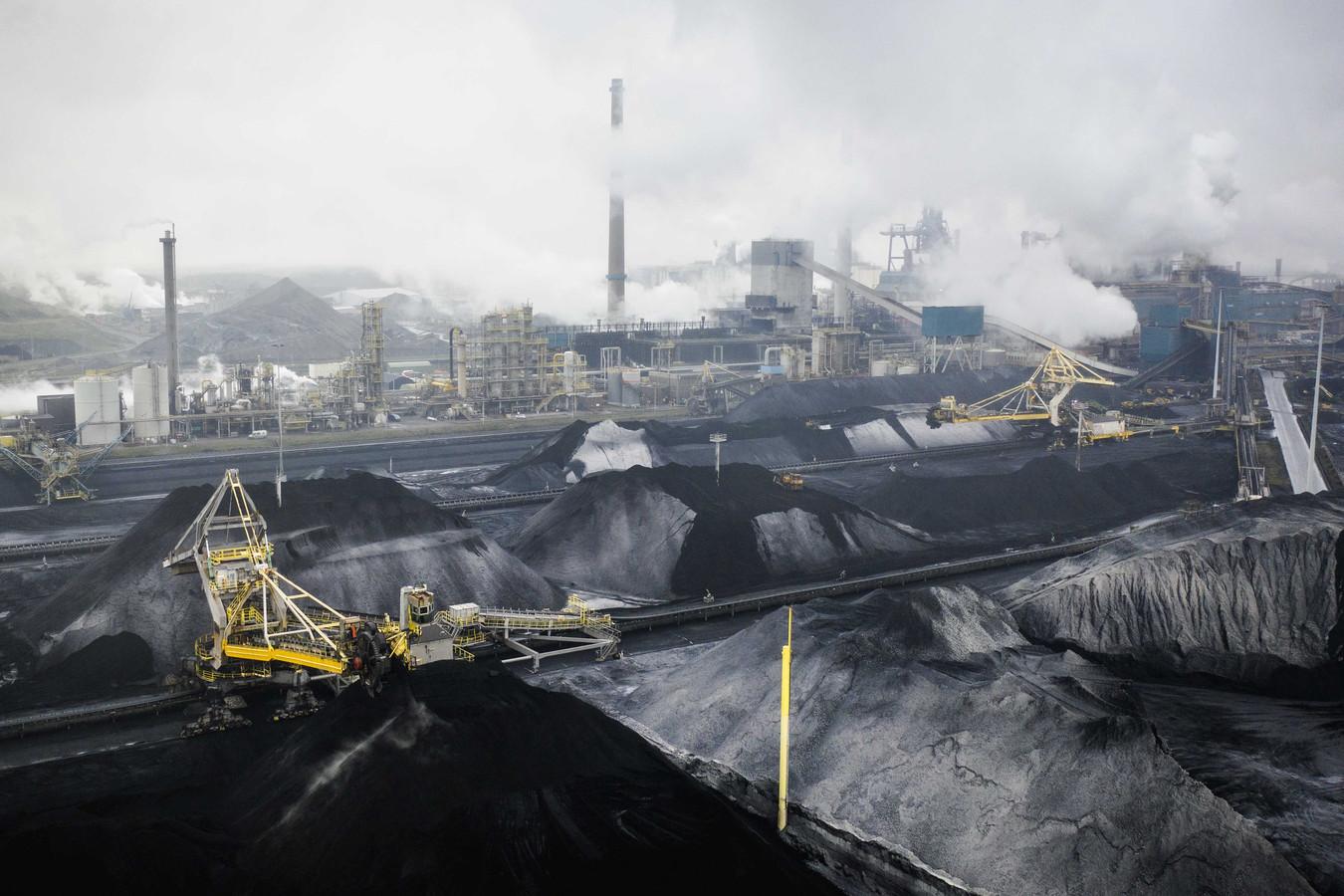 Dronefoto van staalfabrikant Tata Steel.