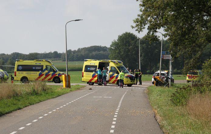 Hulpdiensten ter plaatse na een ongeval op de Luttenbergring.