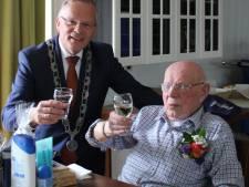 Oudste inwoner van Cromstrijen viert verjaardag nummer 103