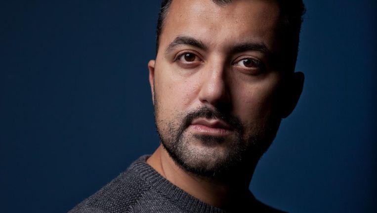 Özcan Akyol: 'Ik ben geen intellectueel, die pretentie heb ik ook niet. Ik probeer zaken met mijn boerenverstand te benaderen.' Beeld Mark Van Der Zouw