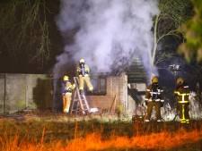 Brand verwoest schuur in Wenum-Wiesel