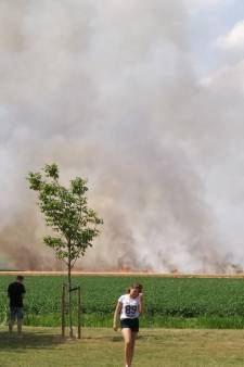 Brand Oude-Tonge onder controle
