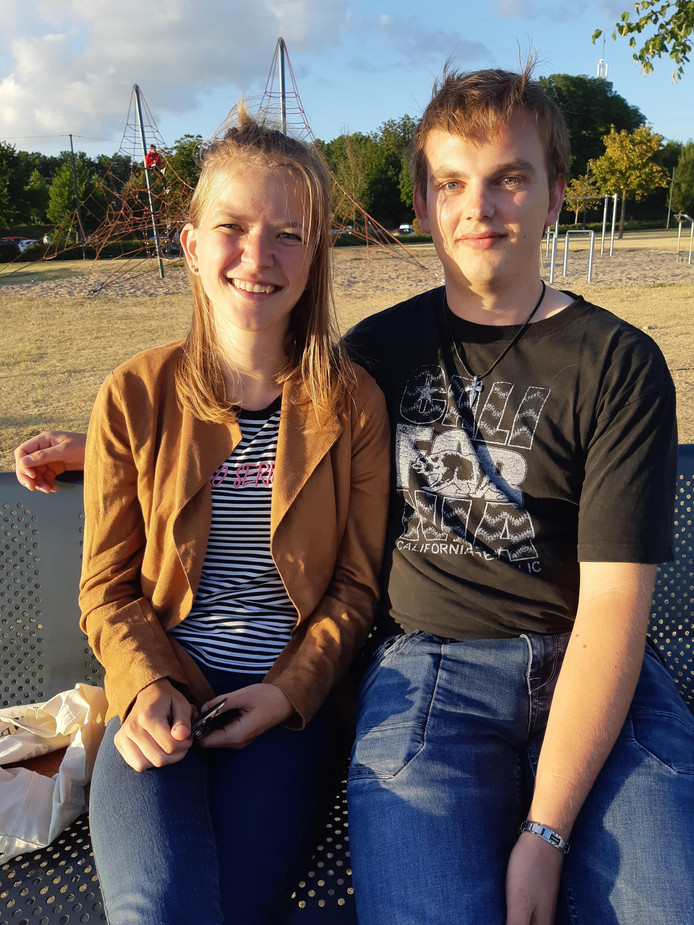 Peter den Dekker en Esther Kuijpers.