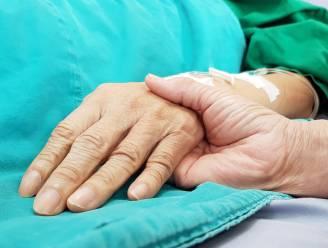 """""""Palliatieve zorg wordt te weinig en te laat aan patiënt voorgesteld"""""""
