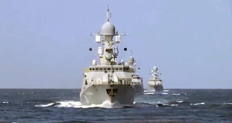 Russische schepen in de Kaspische Zee.