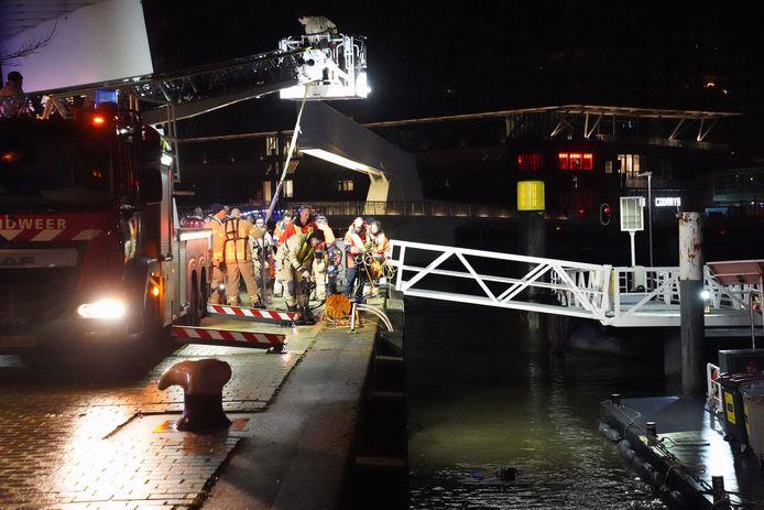 De Hulpdiensten haalden Raisa dinsdag uit het water. Ze werd gereanimeerd, maar overleed later in het ziekenhuis.