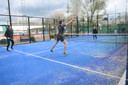Ook in tennisclub Het Zeen liggen sinds kort twee outdoor padelvelden.