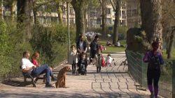 Crisiscentrum dient De Wever van antwoord: daarom mag je niet op bank gaan zitten