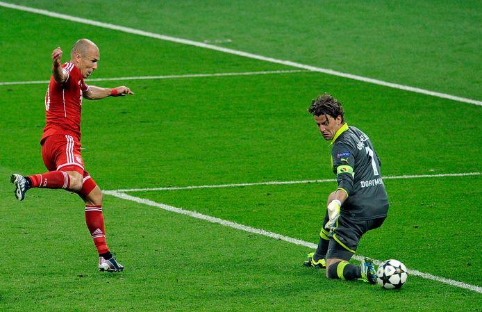 Een jaar later is het tegen Borussia Dortmund wel feest voor Arjen Robben. Hij maakt de winnende goal in de Champions League-finale.