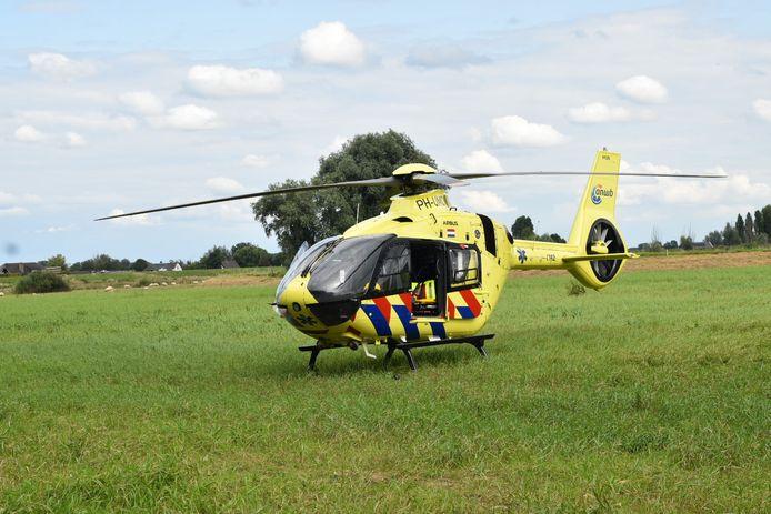 Traumahelikopter rukt uit naar Zuilichem.