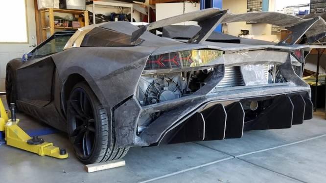 Vader en zoon die Lamborghini uit 3D-printer maakten krijgen écht exemplaar