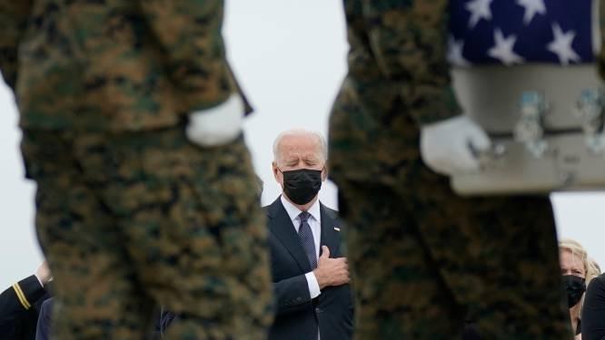 Biden herdenkt 13 dode Amerikaanse militairen na aanslag Kaboel
