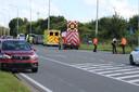 Ongeval langs de Diksmuidestraat in Slijpe, ter hoogte van de afrit van de E40. Een auto werd in de flank gegrepen en weggeslingerd.
