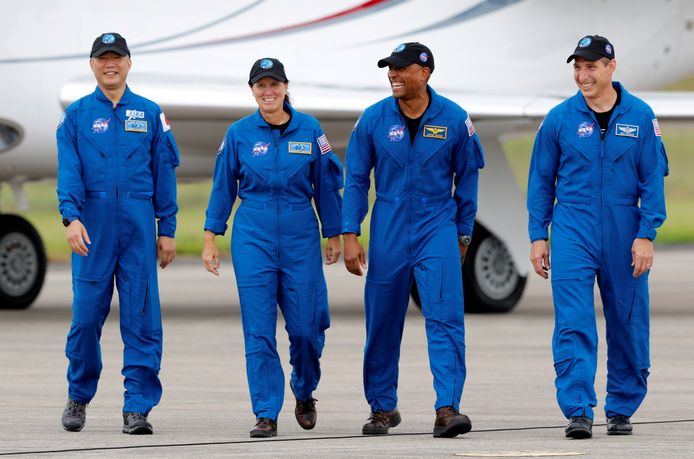 Ruimtevaarders Soichi Noguchi (links), Shannon Walker, Victor Glover en Michael Hopkin.