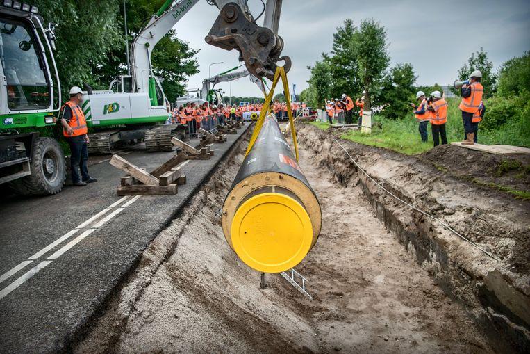 Groningen, vorig jaar juli: het officiële begin van de aanleg van het aardwarmtenet voor Warmtestad. Beeld HH