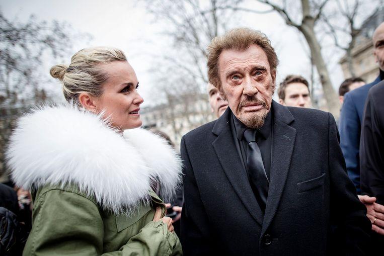 Een recente foto van Johnny Hallyday tijdens de herdenking van de aanslag in Parijs. Beeld Pool/ABACA