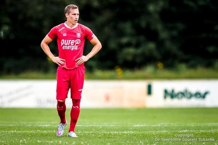 Quincy Kluivert en Trajkovski onderuit met Jong FC Twente ...