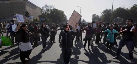 Groepsverkrachting in bus veroorzaakt volkswoede in New Delhi