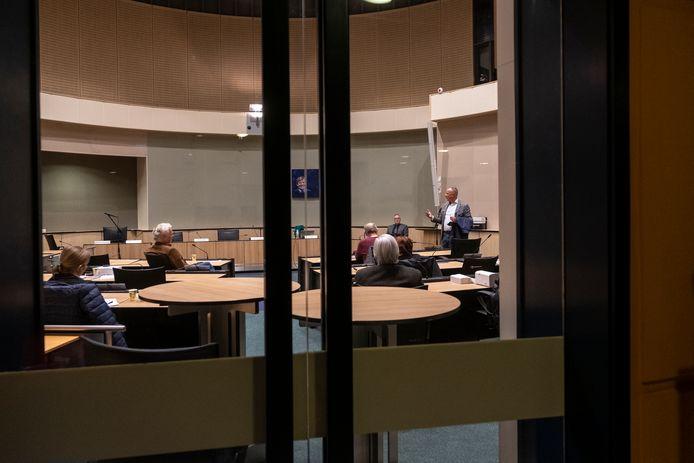 Vergadering van het presidium achter gesloten deuren. Gaan ze voortaan altijd dicht?