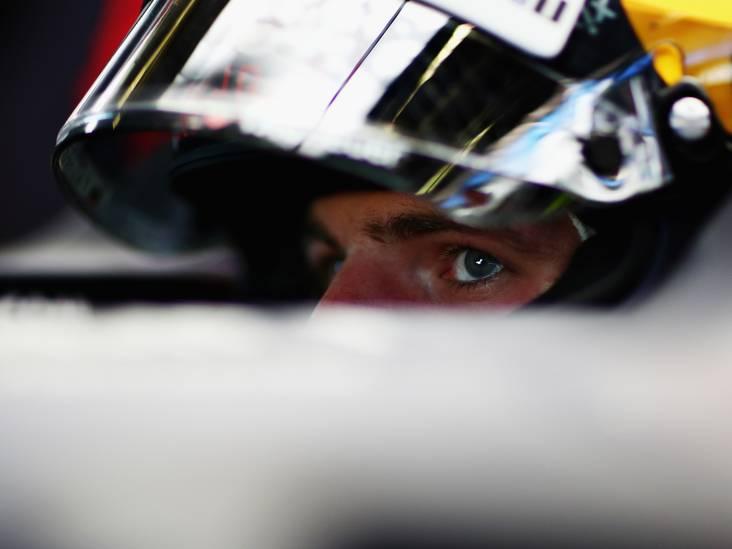Pech voor Verstappen in derde training, Bottas het snelst