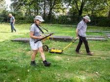 Op zoek naar verdwenen, eigenlijk begraven, graven: Hernieuwd Joods Kerkhof Naaldwijk stapje dichterbij