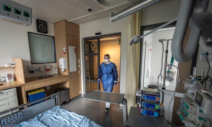 Eén van de 'besluisde isolatiekamers' van het Catharina Ziekenhuis Eindhoven.