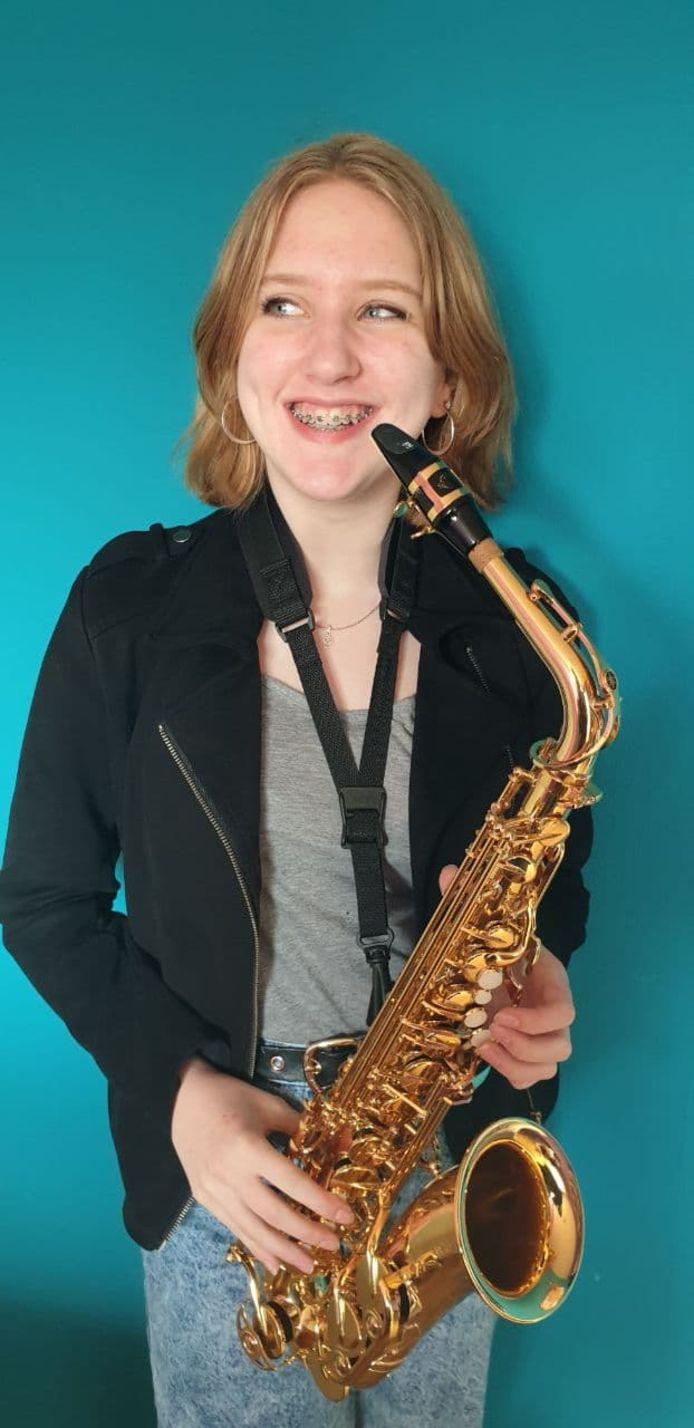 Elisa van den Nieuwendijk uit Ossendrecht bereikte de halve finale van het Koninklijk Concertgebouw Concours.