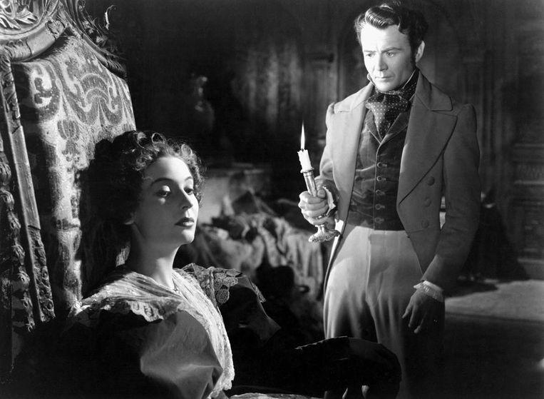 Valerie Hobson en John Mills in Great Expectations (David Lean, 1946). Beeld