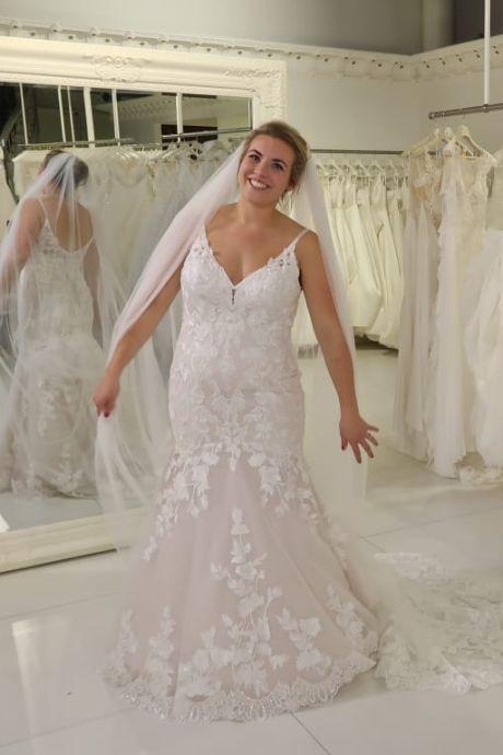 Vlak na Say Yes to the Dress krijgt kleuterjuf Fianne enorme klap: 'Alles ging goed, tot de 20 wekenecho...'