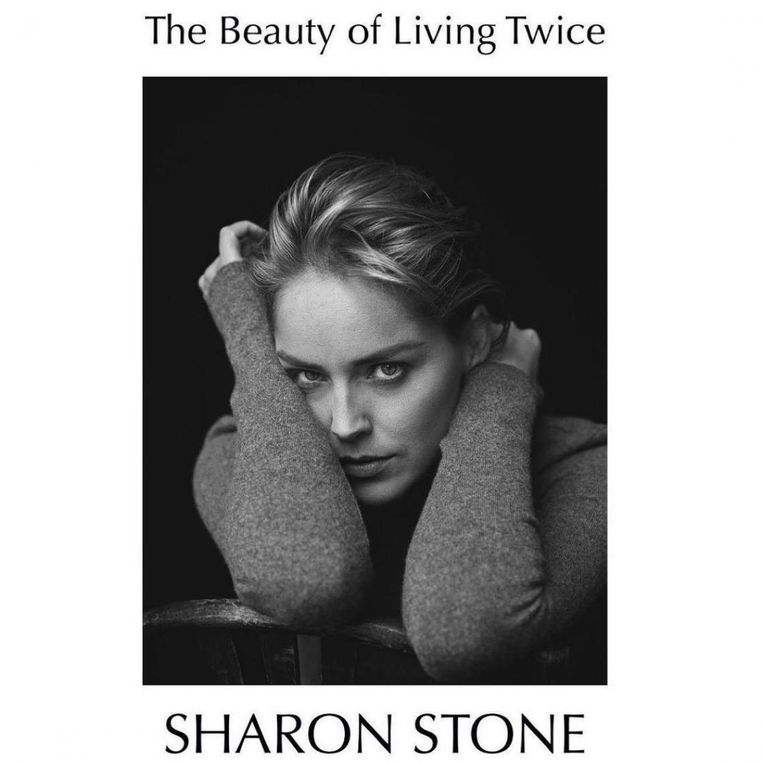 Sharon Stone, 'The Beauty of Living Twice', Alfred A. Knopf Beeld penguin