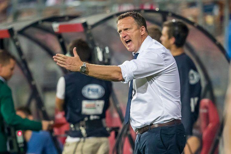 AZ-coach John van den Brom. Beeld anp